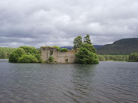 loch-castle